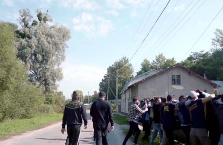 У Золочеві зірвали незаконне будівництво московської церкви (ФОТО, ВІДЕО)