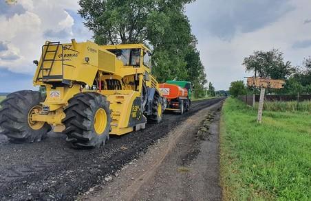 На Львівщині почали ремонтувати дорогу Белз – Великі Мости