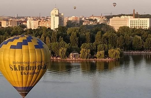 На День міста Тернополя бажаючі зможуть піднятися в небо на повітряній кулі