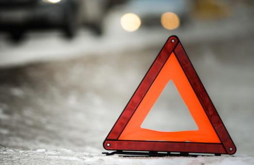 За добу середи на дорогах Львова та області сталося 62 аварії