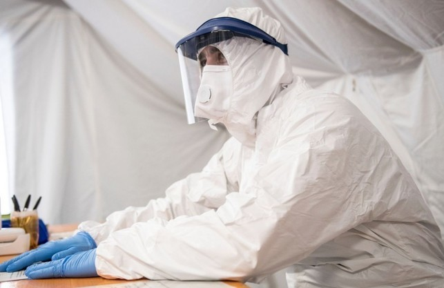 На Львівщині вчора із підозрою на COVID-19 до медиків звернулося понад півтисячі осіб