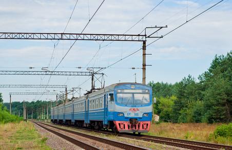 Електропоїзд Мостиська-2 – Львів змінює свій розклад
