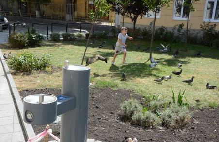 У Львові змонтували іще три питних фонтани