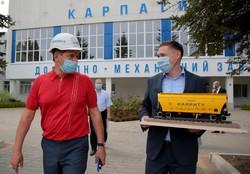 Завод «Карпати» у Новому Роздолі на Львівщині освоїв виробництво вантажних залізничних вагонів