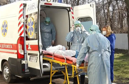 На Львівщині на стаціонарному лікуванні COVID-19 перебуває 1327 пацієнтів