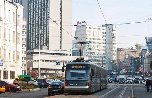 Львівський виробник електротранспорту досі не поставив у Київ трамвай, за який заплатили аванс