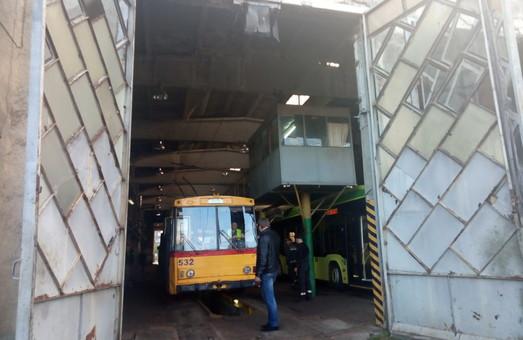 У тролейбусному депо Львова планують відремонтувати оглядову канаву