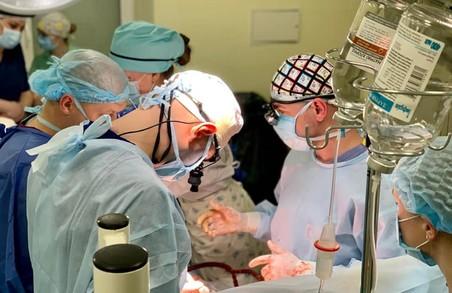 У Львові в «лікарні на Топольній» вперше провели операцію на серці дитині