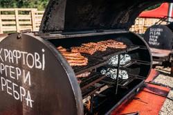 У Львові на гуртовому ринку «Шувар» на Сихові триває фестиваль вуличної їжі (ФОТО)