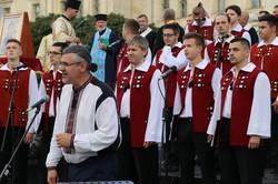 У Львові в День Незалежностиі хор «Дударик» виконав акафіст разом із священиками
