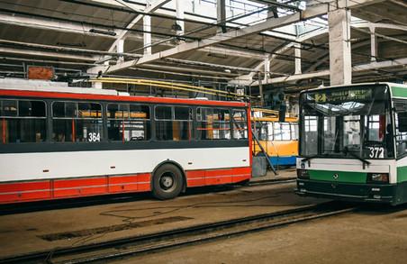 У Чернівцях зупинився рух тролейбусів