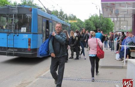 У Чернівцях сьогодні відновлюється тролейбусний рух в режимі спецперевезень