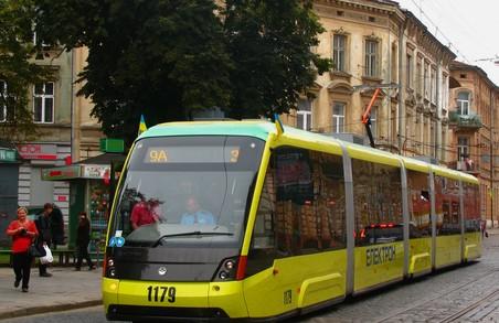 Найдовший трамвай Львова – рідкий гість  на маршрутах