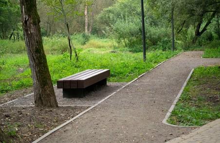 У Львові в лісопарку «Білогорща» облаштовують бічні алеї