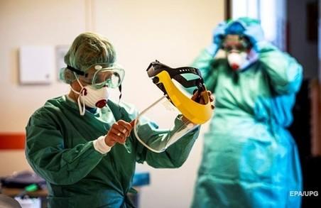 На Львівщині учора до лікарів із приводу COVID-19 звернулося 594 людини