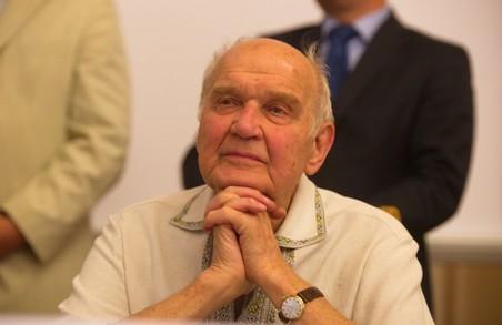 Академік Ігор Юхновський святкує 95-й день народження
