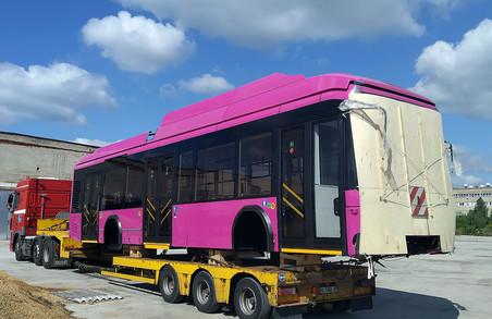 У Луцьку починають збирати білоруські тролейбуси для Кременчука