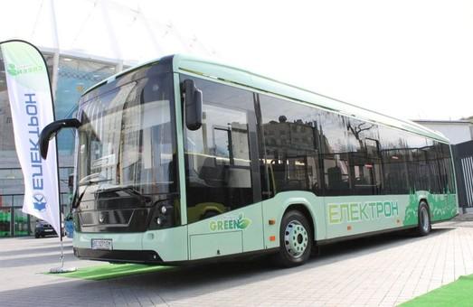 У транспортні проєкти Садового і «Електрону» не вірять навіть львівські урбаністи