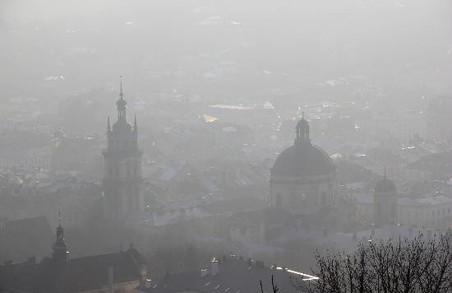 У Львові на завтрашній ранок синоптики прогнозують густий туман