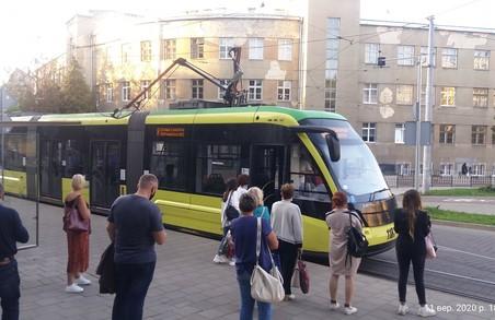 У Львові надвечір перестали курсувати трамваї на Сихів