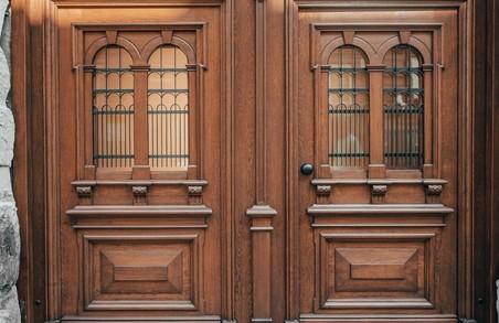 У Львові відновили іще одну історичну дерев'яну браму