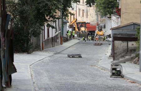 У центрі Львова завершили ремонт вулиці Князя Лева
