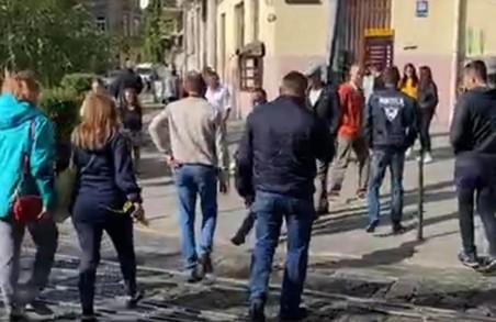 У Львові підприємці перекривають вулицю Івана Гонти