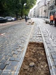 На вулиці Вітовського у Львові замінили аварійні трамвайні колії