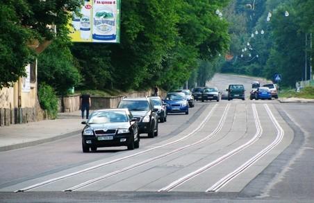 У Львові думають, як зменшити кількість аварій на вулиці Василя Стуса
