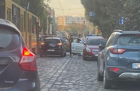 На вулиці Замарстинівській у Львові знову зупинилися трамваї