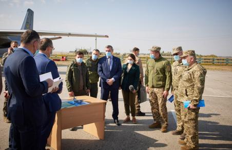 В Україні призупинили навчальні польоти літаків Ан-26 та їх аналогів