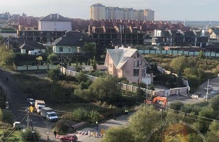 Дорогу із львівського мікрорайону Сихів до села Зубра ремонтують на замовлення Солонківської ОТГ