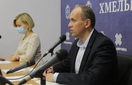 Голова Хмельницької ОДА не відповів на запитання про відсутність блоків безперервного живлення в Шепетівській лікарні