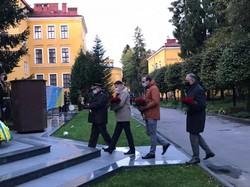 На Алеї Слави Національної академії сухопутних військ імені гетьмана Петра Сагайдачного вшановували полеглих захисників України