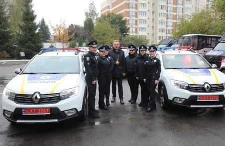 Мерія Львова подарувала 5 автомобілів Патрульній поліції