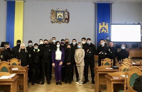 Контролерів «Львівелектротрансу» навчали етичної поведінки і комунікації під час семінару