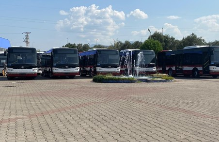 До Івано-Франківська вирушило іще 5 нових автобусів