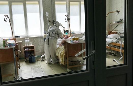 На Львівщині у п'ятницю 23 жовтня зареєстрували рекордну кількість нових випадків COVID-19