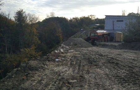 У Львові виявили два стихійні сміттєзувалища