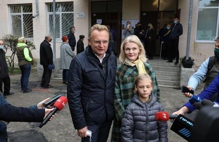 Мер Львова Андрій Садовий прийшов на місцеві вибори без паспорта