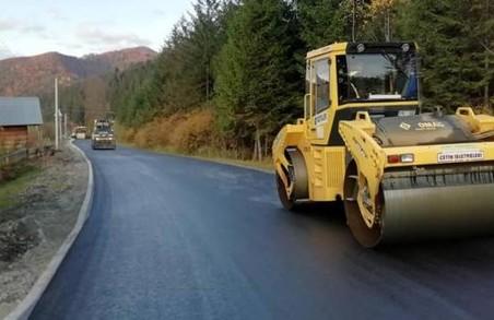 На Львівщині ремонтують дві дороги Малого Карпатського кола