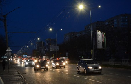 Садовий каже, що у Львові кардинально оновлюється вуличне освітлення