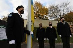 Учора пластуни піднімали національний прапор над Меморіалом Небесної сотні у Львові
