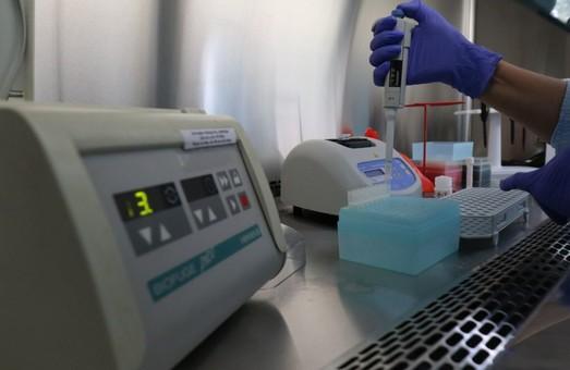 На Львівщині у Сокальському районі та Червонограді учора виявили понад 100 нових випадків COVID-19