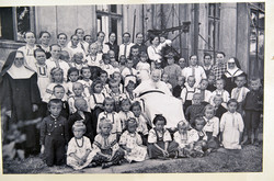 Фото Митрополита з дітьми