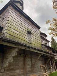 У Дрогобичі на Львівщині відновлюють унікальну дзвіницю