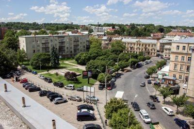 У Львівській міськраді знайшли новий варіант для облаштування паркінгу на площі Петрушевича