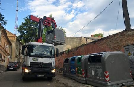 У Львові сміття із майданчиків компаній «ДВ Вейст-Груп» і «ДВ Екосвіт» вивезуть силами інших компаній, які займаються вивозом сміття