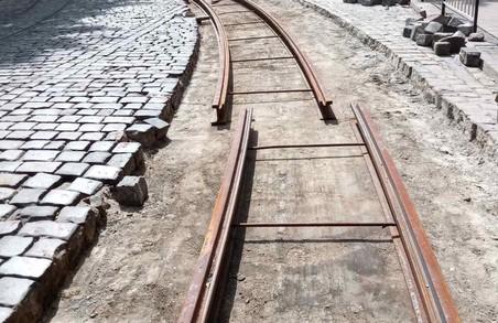 У Львові на вулиці Вітовського замінять іще 24 метри аварійних трамвайних колій