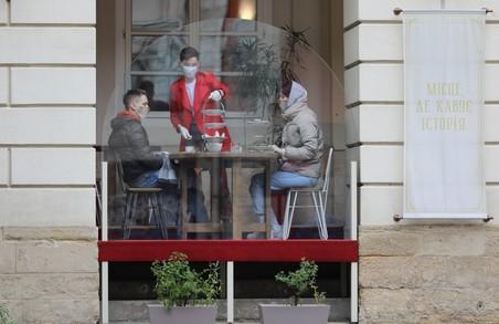 У Садового у Львові суботу  та неділю оголосили робочими днями